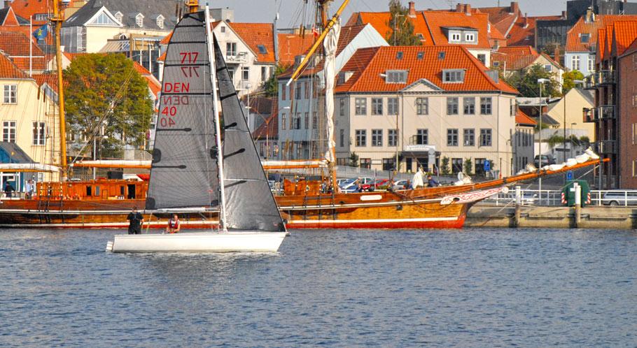 Sailing vor Sonderburgs Altstadt
